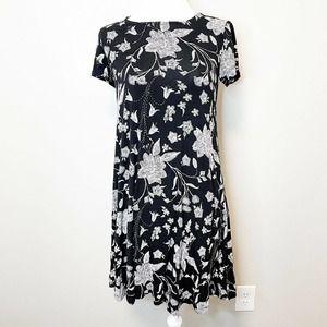 Old Navy Black Floral Short Sleeve Shift Dress